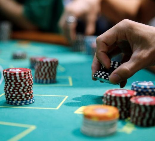 Why online gambling is providing more offers?